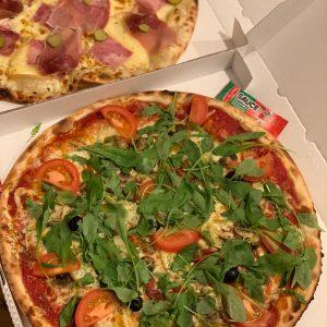 DUO PIZZA CUITE AU FEU DE BOIS