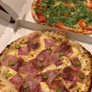 DUO PIZZA RACLETTE ET VEGETARIENNE