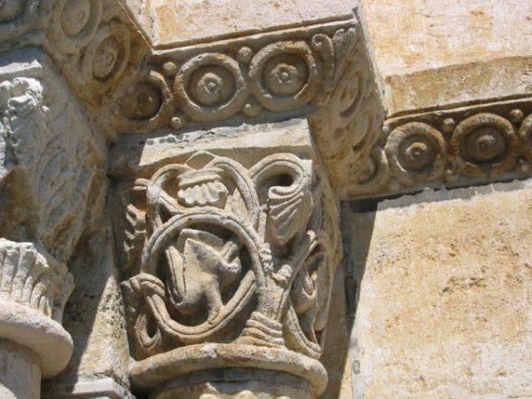 Eglise Abbatiale Saint-Pierre – Berry Roman